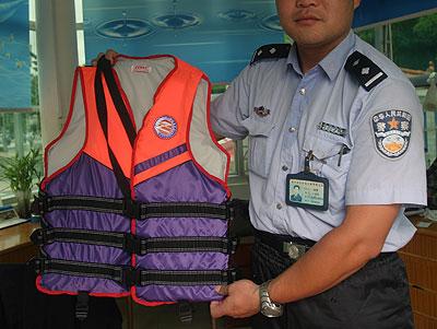 组图:南宁交警部门积极应对派比安