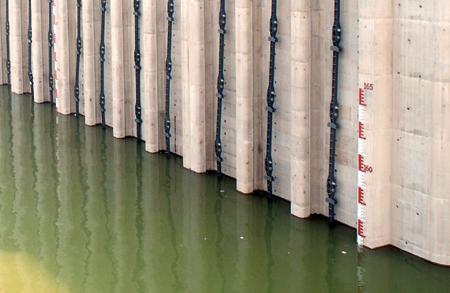 见证三峡工程蓄水156米