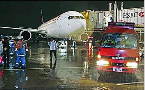 上海至温哥华航班迫降日本成田机场