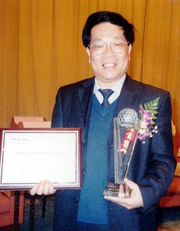 2006感动中国被推荐人:包起帆(图)