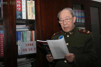 感动中国2006候选人:吴孟超(图)