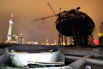 上海国际客运中心在建工地失火(组图)
