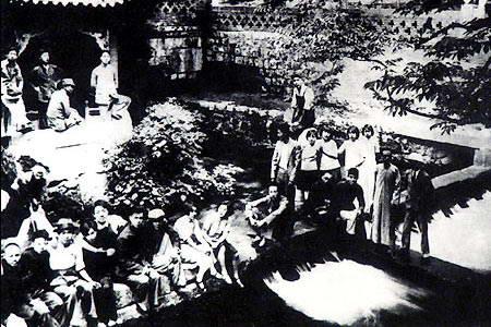 资料图片:薄一波领导牺盟会开展抗日工作