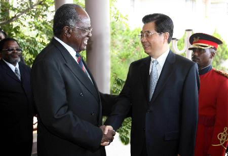 胡锦涛同纳米比亚总统波汉巴会谈(图)