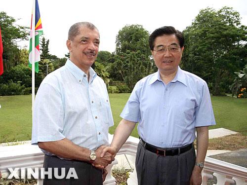 塞舌尔总统:塞中两国间合作进入新阶段(图)