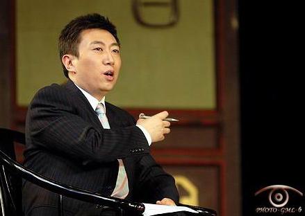 央视对话《立秋》特别节目主持人陈伟鸿