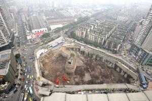 重庆最牛钉子户向市高院提起申诉(图)