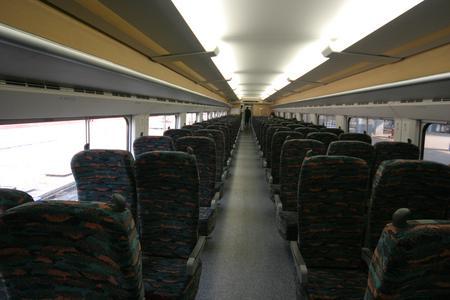 全国主要城市间D字头快速客车将新开86列