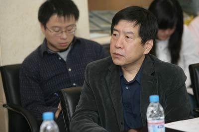 图文:中国新闻周刊副社长李中强