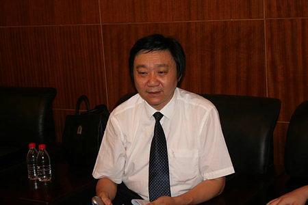 图文:南京大屠杀遇难同胞纪念馆馆长朱成山