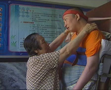 探访哈尔滨植物人村:他们在绝望中寻找奇迹