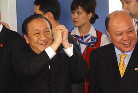 图文:新党访问团结束大陆访问行程离京返台(4)