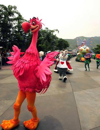 组图:香港迪斯尼乐园彩排迎开园