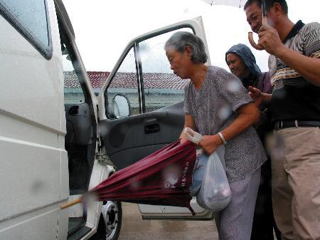 图文:浙江台州紧急备战台风卡努