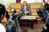 图文:俄罗斯代表团团长回答记者提问