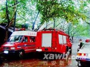 陕西华县发生氯气泄漏事故三千人安全撤离(图)