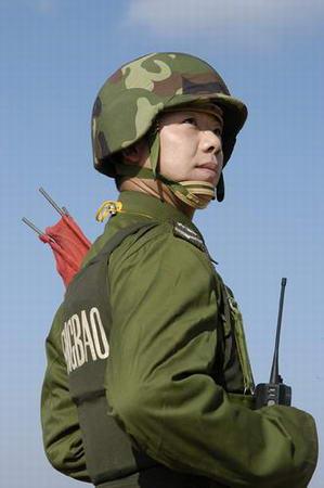 图文:甘肃酒泉卫星发射中心靶场报靶兵