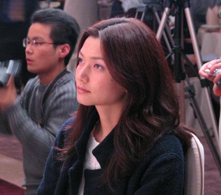 图文:名模姜培琳在中国魅力榜颁奖现场