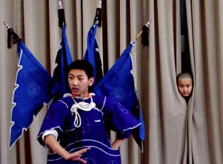 圖文:戲校學生的練功生活