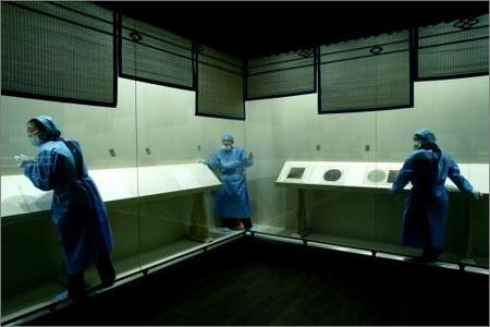 图文:故宫博物院上海博物馆古代书画藏品展布