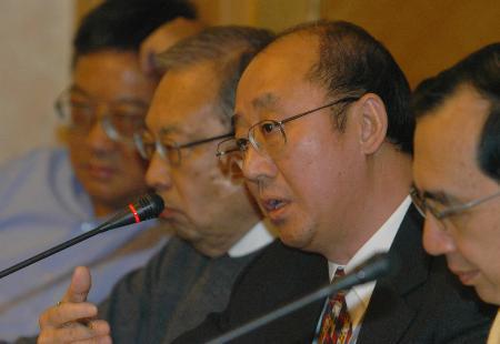 图文:澳门政协委员建议合理开发保护文化遗产