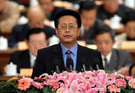 图文:陈昌智在政协十届四次会议二次会议发言