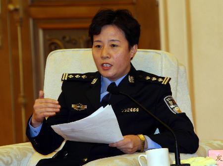 图文:刘丽涛号召社会对人民警察给予更多关爱