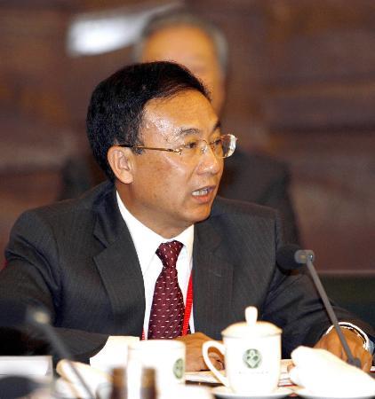 图文:陈勋儒委员谈建立生态新农村