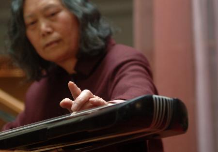 郑州古琴大师图片