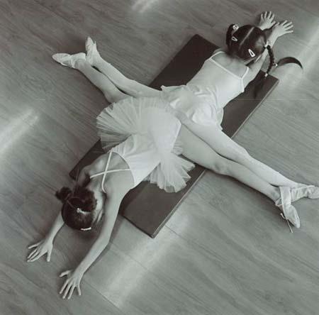 组图:芭蕾舞校的中国女孩(文化及艺术新闻组图类银奖)