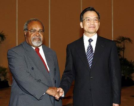 图文:温家宝会见巴布亚新几内亚总理