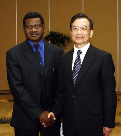 图文:温家宝会见瓦努阿图总理
