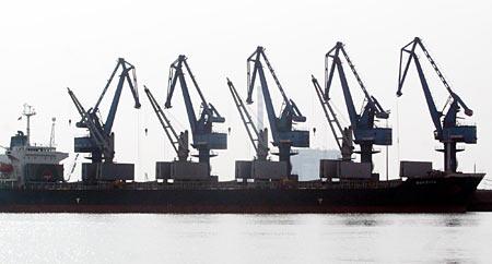 唐山港京唐港区:渤海湾璀璨的港口新星(组图)