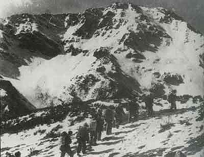 图文:红军翻过的第一座大雪山--夹金山