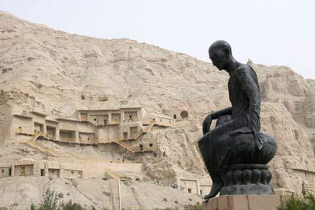 图文:鸠摩罗什与克孜尔石窟