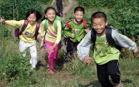 组图:重庆旱区中小学陆续开学