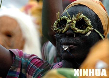 图文:万千风情非洲霓裳