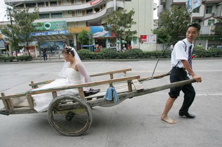 图文:板车婚礼
