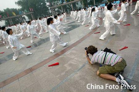 图文:为中国功夫折服