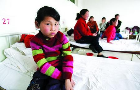 图文:河北满城县汤村小学生疑似汞中毒