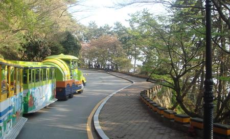 图文:韩国釜山著名风景区太宗台