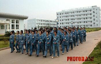 组图:法网柔情――江西省女子监狱扫描