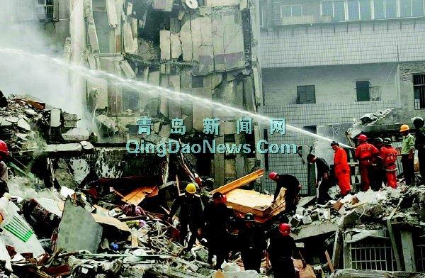 衡阳大火烧塌8层楼 2消防官兵牺牲10多人被压