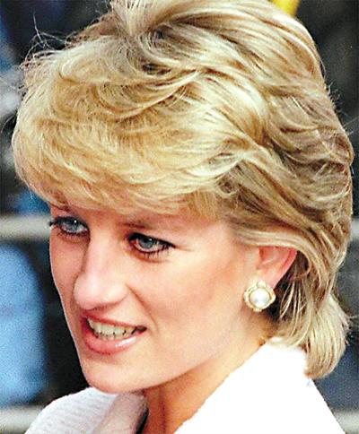 闻,称英国已故王妃戴安娜在法国巴黎遇车祸身亡时已经怀有身孕.-