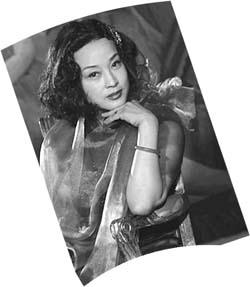 组图:刘晓庆变身30年代头牌话剧舞女造型曝光