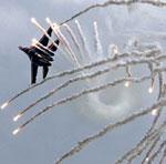 外军观察:美军调动频繁扎根关岛虎视眈眈(组图)