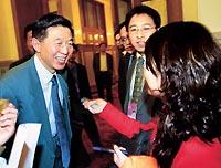 职业外交官出任政协新闻发言人吴建民引人注意