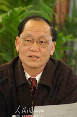 图文:全国人大代表王学萍