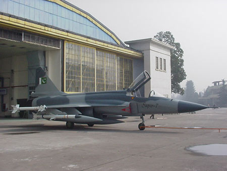 巴基斯坦向马来西亚推销中国枭龙战机(附图)