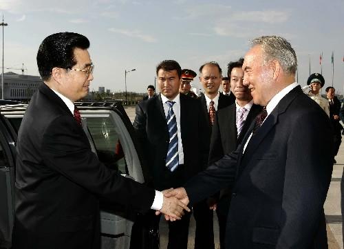 组图:胡锦涛访问哈萨克斯坦